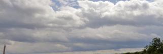 Irndorf / Donaubergland am Mittag, es wird heller & etwas sonniger.