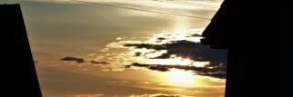 heubergwetter: blauer himmel, sonne, ein paar dünne wolken.