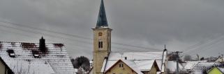 heubergwetter(sw-alb): kalte nacht mit schneefall, etwas sonne, jetzt geflöckel.